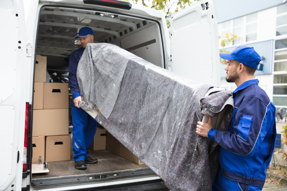 Read more about the article Furniture Movers